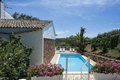 Maison de vacances accueillante à Marsala avec piscine privée