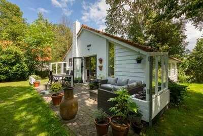 maison de vacances avec un grand jardin à distance de marche de la plage