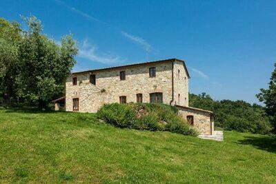Charmante maison de vacances à Palazzone avec piscine
