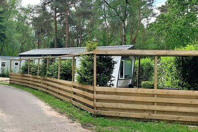 Belle maison sur la Veluwe près de Hoenderloo dans un beau parc avec piscine
