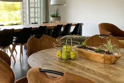 Maison de vacances de luxe à Den Burg avec bain à remous
