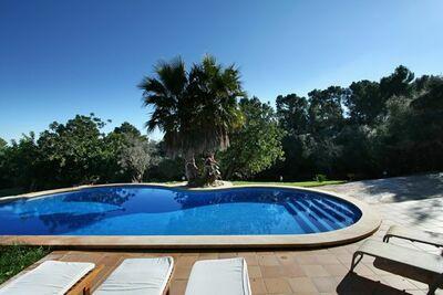 Maison typique de Majorque avec piscine privée, près de la ville de Petra