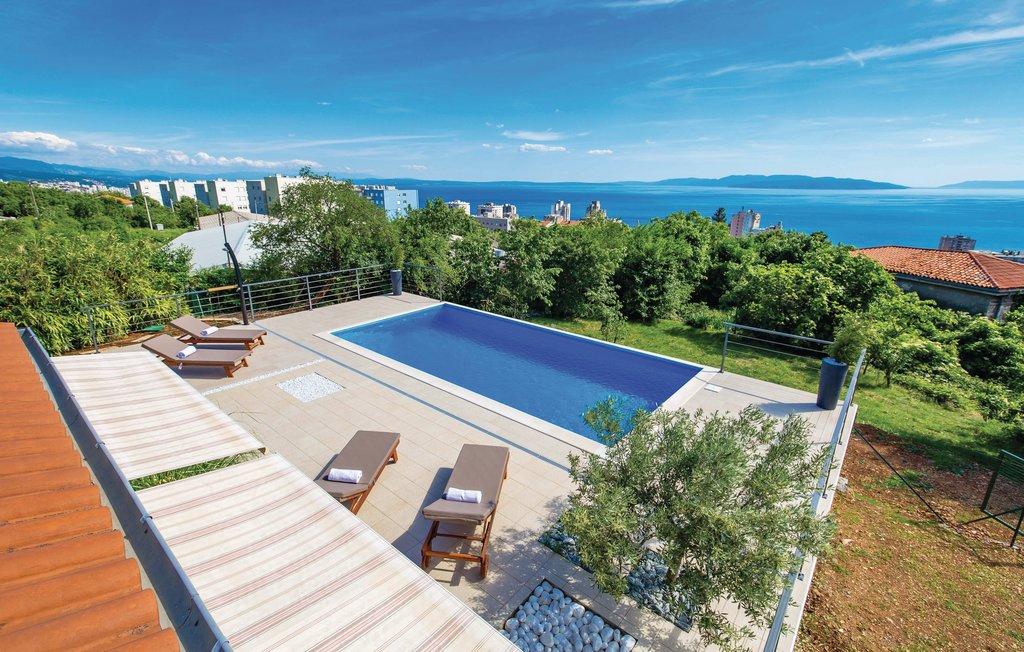 Location Maison à Rijeka - Photo 0 / 49