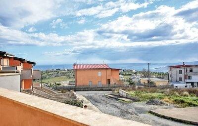 Villa Fevi, Maison 10 personnes à Stalettì