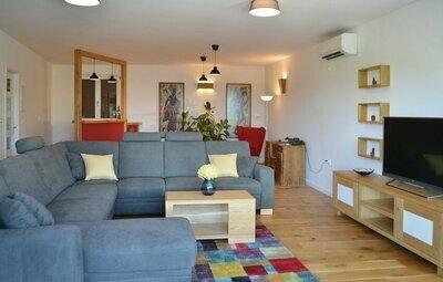 Maison 8 personnes à Svirce