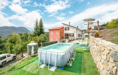 Casa Lià, Maison 7 personnes à Varese Ligure  (SP)