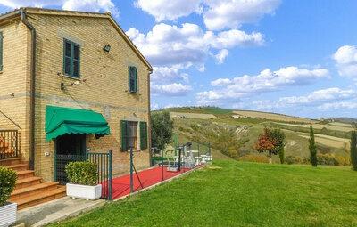Casa Ricci, Maison 5 personnes à Cossignano