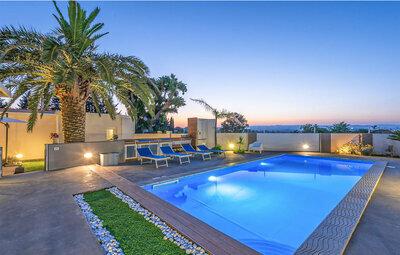 Villa Stefy, Maison 14 personnes à Ragusa