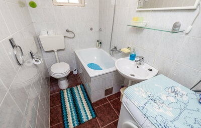 Location Maison à Gomirje - Photo 23 / 31
