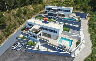 Maison 10 personnes à Omis