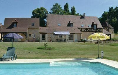 Maison 8 personnes à Savignac de Miremont