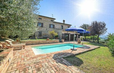 Villa Chibo, Maison 11 personnes à Corridonia