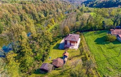 Location Maison à Bosiljevo - Photo 7 / 56