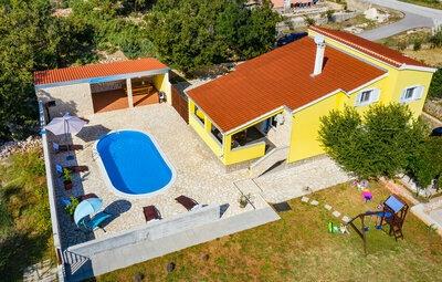 Maison 10 personnes à Vinjerac