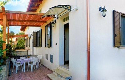 Eden Fra 3, Maison 4 personnes à Palmi
