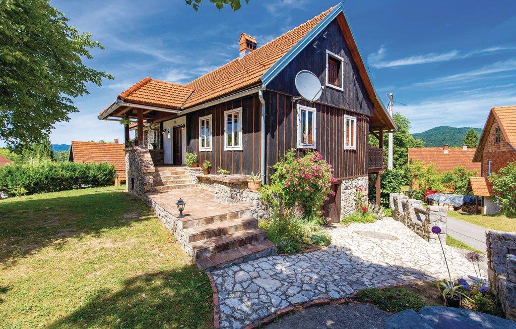 Location Maison à Lukovdol - Photo 0 / 40