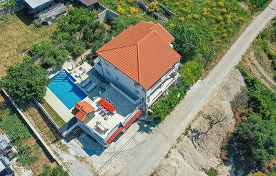 Maison 10 personnes à Kastel Sucurac