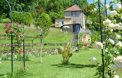 Maison 4 personnes à Cénac et Saint Julien