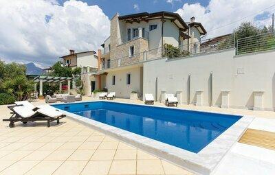 Villa Cristina, Maison 8 personnes à S.Carlo Terme Massa MS