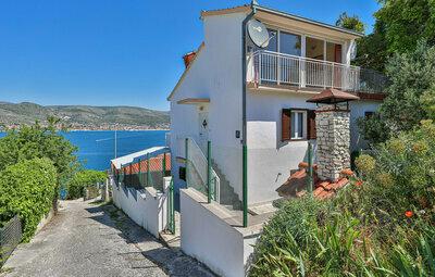 Maison 5 personnes à Okrug Donji