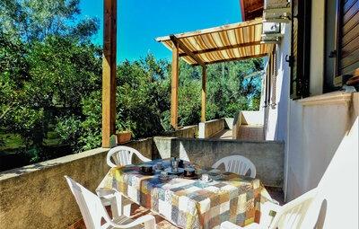 Eden Fra 1, Maison 4 personnes à Palmi