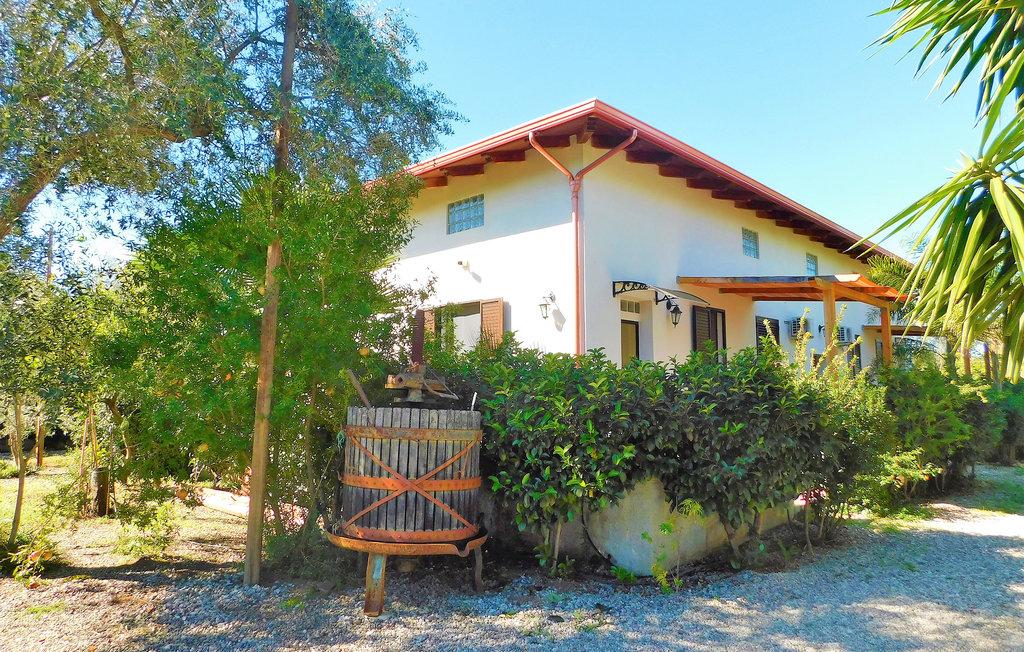 Eden Fra 2, Location Maison à Palmi - Photo 0 / 15