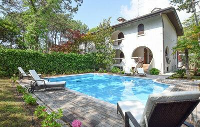 Villa Anna, Maison 8 personnes à Lignano Sabbiadoro UD