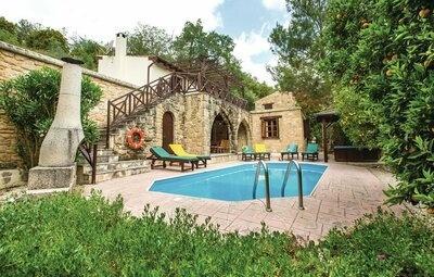 Maison 6 personnes à Miliou Paphos