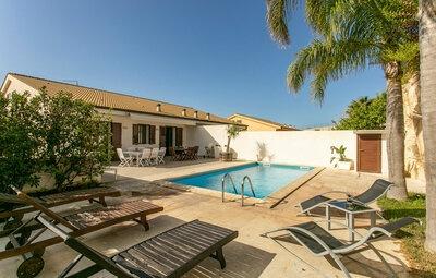 Villa Blais, Maison 12 personnes à Marina di Ragusa