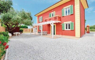 Villetta Alessandro, Maison 8 personnes à Capezzano LU