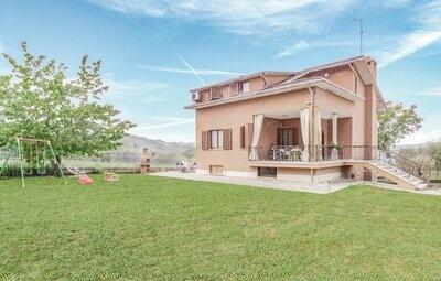 Casa del Cavaliere, Maison 9 personnes à Montedinove (AP)