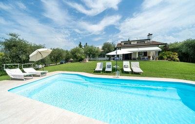 Villa Costabella, Maison 10 personnes à Bardolino VR