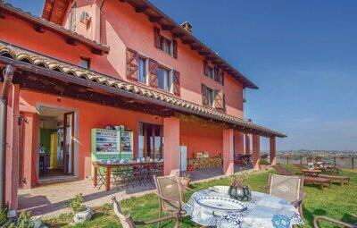 Maison 20 personnes à Castelnuovo Calcea