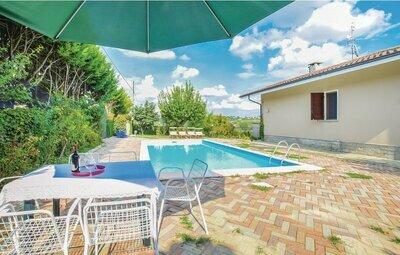 Villa Isabella, Maison 8 personnes à Agliano Terme (AT)