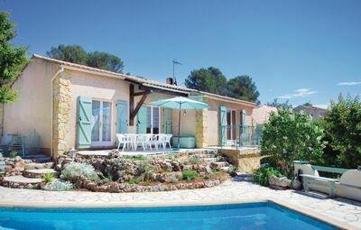Maison 6 personnes à Roquebrune Argens