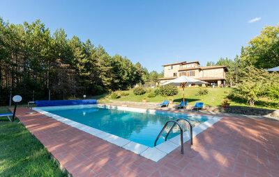 Castello di Tocerano, Maison 12 personnes à Monte S.M.Tiberina PG