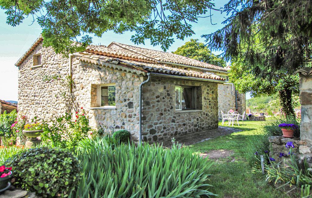 Location Maison à St. Etienne de Boulog. - Photo 0 / 20