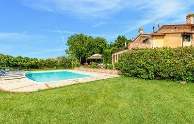 Poggio Santa Maria, Maison 16 personnes à Castiglione d.Lago PG