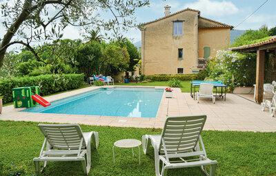 Maison 4 personnes à Châteauneuf de Grasse