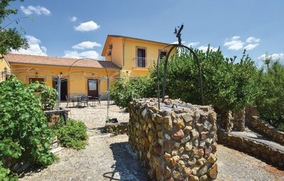 Maison 12 personnes à Nicosia