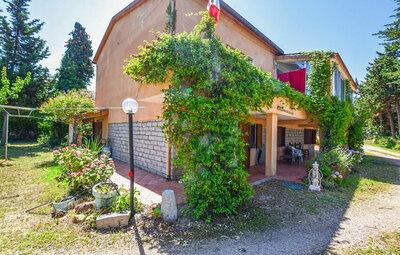 Villa Nicoletta, Maison 6 personnes à Badesi