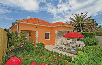 Maison 6 personnes à Privlaka