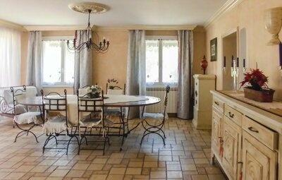 Location Maison à Carpentras - Photo 13 / 27