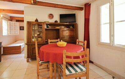 Location Maison à Crillon Le Brave - Photo 1 / 17