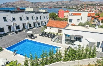 Maison 6 personnes à Okrug Gornji
