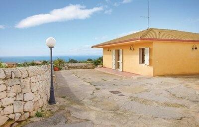 Villa Mangiabove, Maison 7 personnes à Marina di Ragusa RG