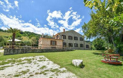 Villa Genny, Maison 18 personnes à Cingoli