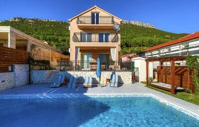Maison 8 personnes à Kastel Stari