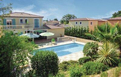 Maison 7 personnes à Roquebrune sur Argens