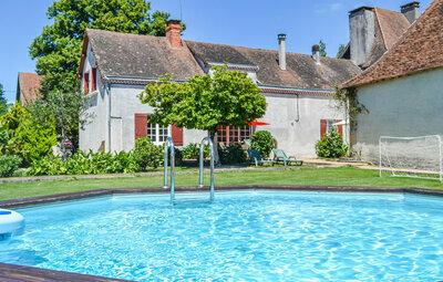 Maison 6 personnes à St.Sulpice d'Exideuil